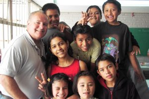 MexMission Mike with orphans